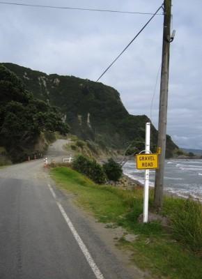 Gravel Road (Schotterpiste) am East Cape