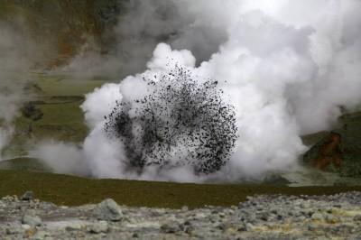 Es blubbert im Krater