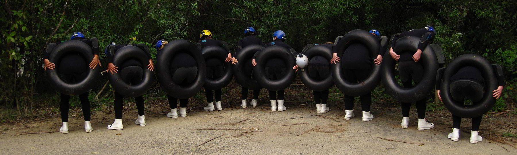 Hintern mit Schwimmreifen bei Waitomo Caves Neuseeland