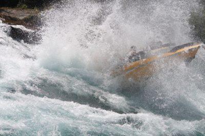 Das Rapid-Boot in Aktion auf einem Fluss
