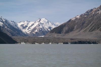 Der Tasman Gletscher endet im Tasman Lake
