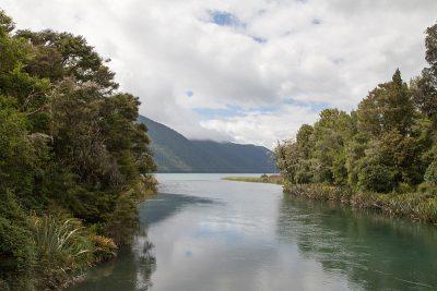 Abfluss des Lake Rotoroa in den Buller River