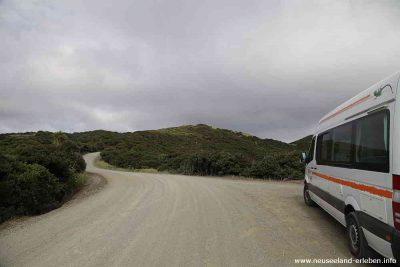 Gravelroad zum Tapotuptu Beach Campingplatz am Cape Reinga
