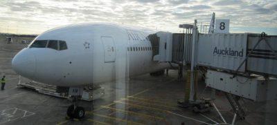 Flugzeug in Auckland
