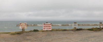 Sicherheitswarnung an Kliffküsten von Neuseeland