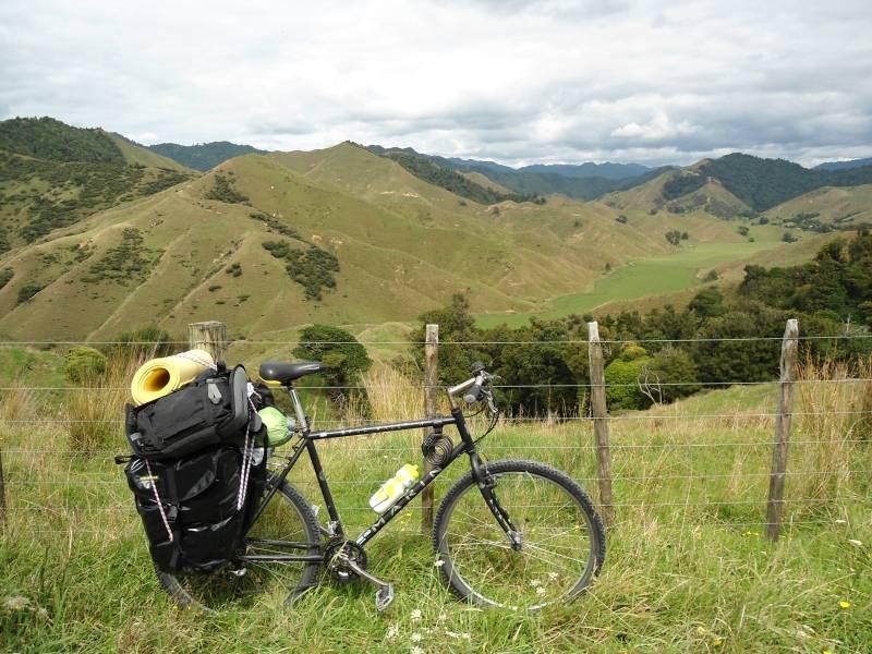 Götz Nitsche - Bonusland - sein Fahrrad in Neuseeland
